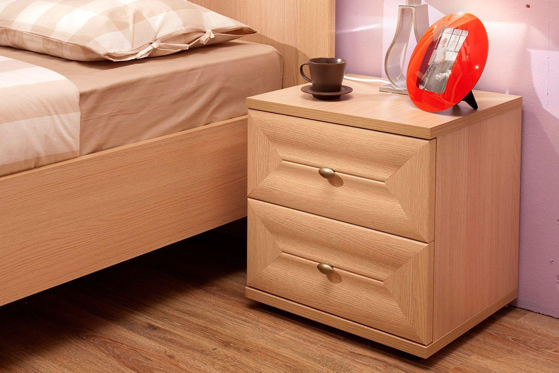 Прикроватные тумбы: удобство во время сна и после