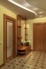 Потолки прихожая фото – Потолок в прихожей — выбор и правила монтажа. Обзор материалов для отделки. Краска, побелка, обои, декоративная штукатурка, гипсокартон, натяжные потолки.